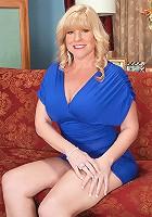 Dawn Jilling - Devil in a blue dress
