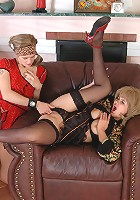 Emilia&Ninon hot lesbian mature sex