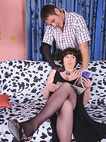 Emilia&Govard pantyhosefucking eager mature chick