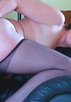 Emilia&Connor pantyhosefucking kinky mature lady