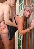 Jessica&Jerome pantyhosefucking sweet mature woman