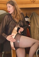 Penelope&Adam pantyhosefucking great mature babe