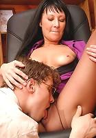 Rosaline&Mike pantyhosefucking lovely mature lady