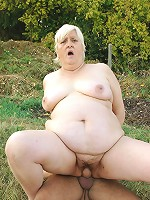 Plump mature Mandy hooking up with a masked guy and gets banged in this live mature outdoor clip