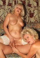 Intense live threesome sex with experienced elderly Francesca and Erlene riding a cock