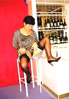 messy mama performing chair mastubation