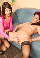 A horny matuer slut gets fisted by a hot babe
