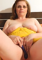 This mature slut love sto play alone