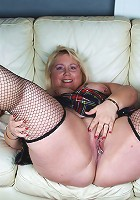 This big pierced mama loves to masturbate