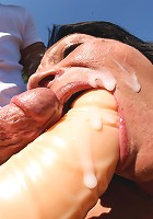 Kinky mature slut gets fucked outside
