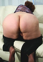 This big mature slut loves to show off her body