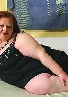 Big chunky mama ready to play