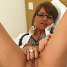 This hot housewife sure loves to tease