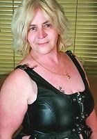 blond mature slut showing you her curves