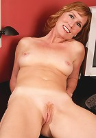 Sexy older MILF Cheyanne from AllOver30 wows us with her body