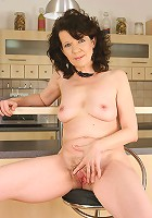 At 46 years old Evelyns hairy pussy still begs for attention
