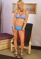Horny blond MILF Tabitha shows off her hot bod in sexy lingerie