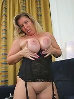 Over 50 slut with big, saggy, juggs rides dick