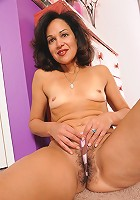 50 year old MILF takes a big one in her hairy cunt!
