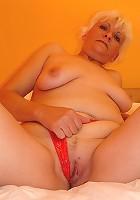 Big tit granny fucks a stud