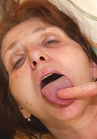 She wants his cock to explode on her granny pussy and he pulls out and blows a load after sex