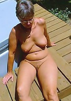 amateur outdoor flash