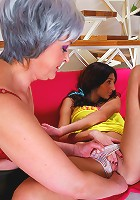 Lesbo lesson for a smoking teen