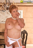 Cockhungry mature housewife gets her mouth and pussy fucked in the kitchen