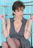 Milf wife bondage